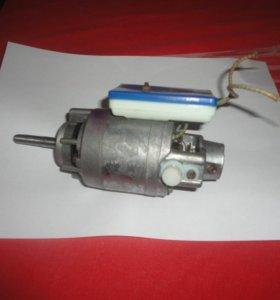 Электродвигатель КС-04 для сипаратора