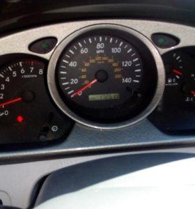 Toyota Highlander 2.4 AT