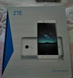 Смартфон ZTE Blade X9 .