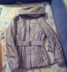 Куртка демисезонная р. 42