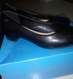 Туфли на деврчку