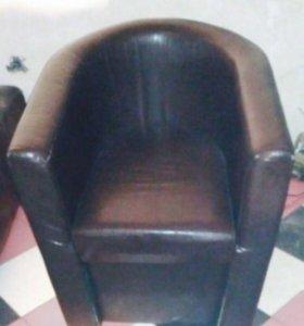 Диваны, кресла, столы, светильники