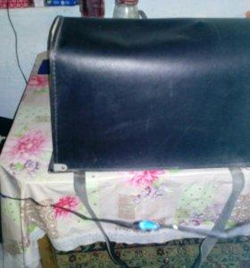 Продам швейную машинку 2М-34
