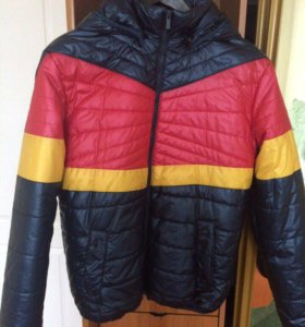 Куртка все сезонная