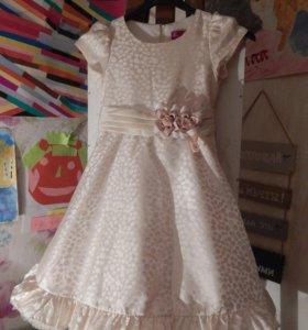 Нарядное детское платье Rodeng collektion