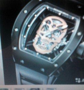 Новые мужские стильные часы