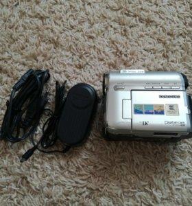 Видеокамера Samsung vp-d355i