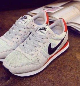 Nike Internationalist. Кроссовки.