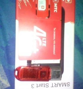 Продам флеш USB на 8 и симку новую мтс