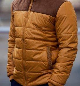 Деммсезонная куртка мужская