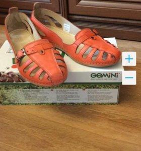 Туфли-босоножки Gemini, кожаные,  новые