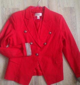 Красный пиджак mango
