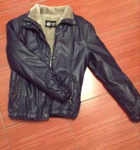 Куртка для девочки новая