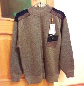Новый, тёплый, отличный свитер.