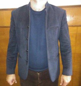 Пиджак одевал несколько раз