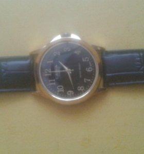 Часы поломанные