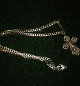 Продам серебряную цепь в идеальном состоянии
