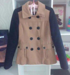 Продам пальто кроптаун