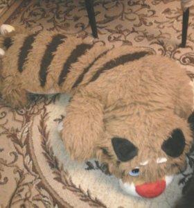 Тигр плюшевый