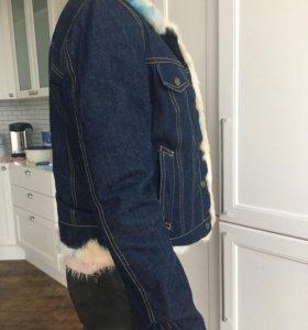 Джинсовая куртка с натуральным кроликом