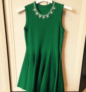 Платье 42/44размер