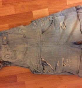 Комбинезоном джинсовый