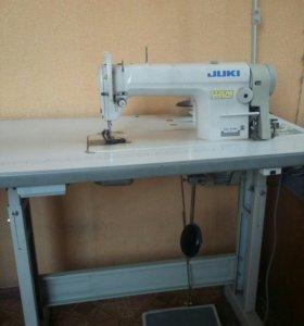 Швейная машина джуки промышленная