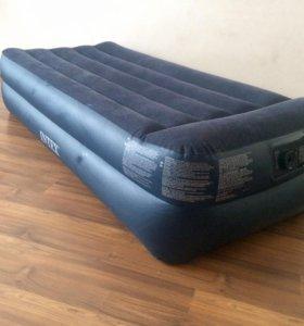 Надувной матрас с электро надувом.INTEX620R