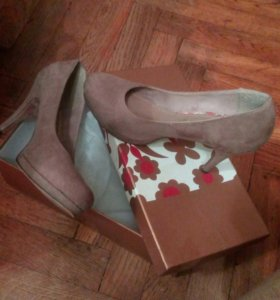 Туфли бежевые. Тамарис