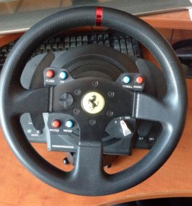 Thrustmaster t300 rs Ferrari wheel