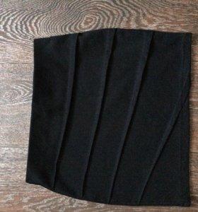 Юбка чёрная 300, черно-белая 450