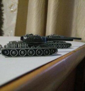 Брелок танк