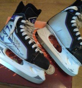 Коньки хоккейные СК Profi Z 5000 ( размер 40).