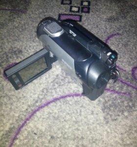Камера sony (DCR-DVD109E)