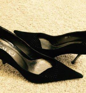 Туфли замшевые, новые