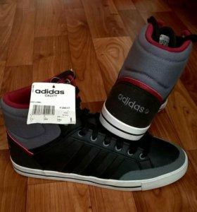 Новые кроссовки завышеные adidas