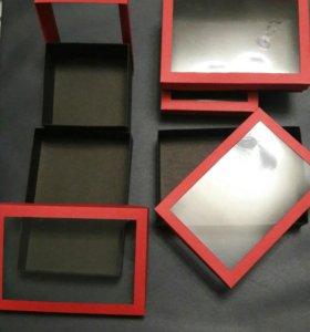 Коробочки с прозрачными крышечками