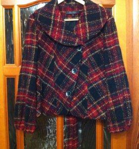Курточка шерстяная