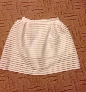 Новая пышная Белая юбка