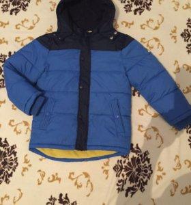 Куртка зимняя на мальчика 6-8лет