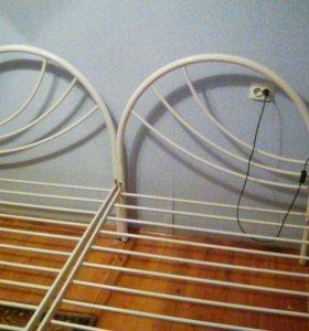 Кровати металлические без матраса