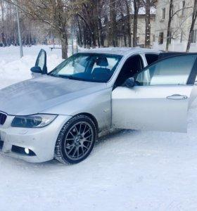 BMW e90 325xi 2006г