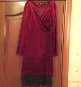 Бархатное платье новое 44-46-48 размер