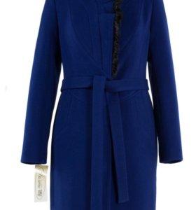 Новое утепленное пальто 46 размер