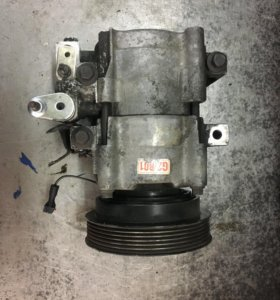 Компрессор кондиционера Hyundai Sonata G2B01