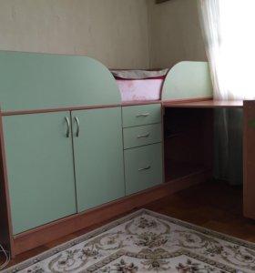Детский уголок (кровать-стол)