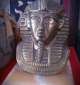Статуэтка Тутанхамона