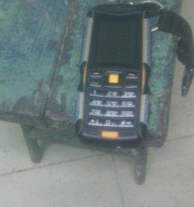 Телефон не убиваемый