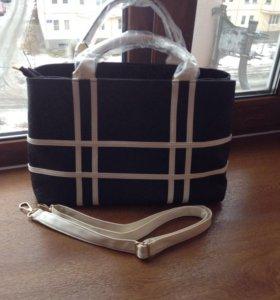 Модная и вместительная женская сумочка