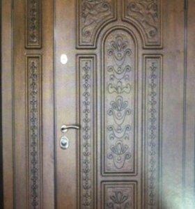 Коттеджная дверь